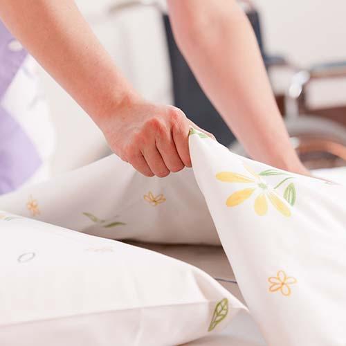 Huishoudelijke hulp verleent door Thuiszorg de Zonnestraal
